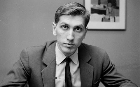 Bobby Fischer crushes Pal Benko