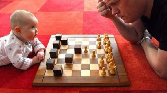 Growing chess