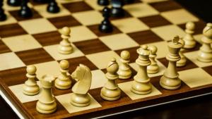 Becoming a Better Chess Player : Opening