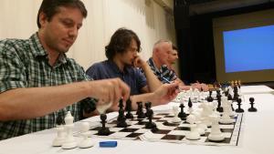 Grandmaster chess tactics training day 1