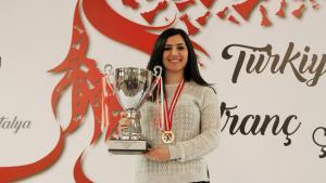 Kadın Ustaların Yarışında Şampiyon WGM Betül Cemre Yıldız Kadıoğlu!