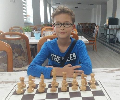 Road to the Grandmaster title - Game 34 - Victory in the Breyer variation