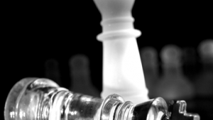 Never Give Up In Chess—Chasing The Enemy King