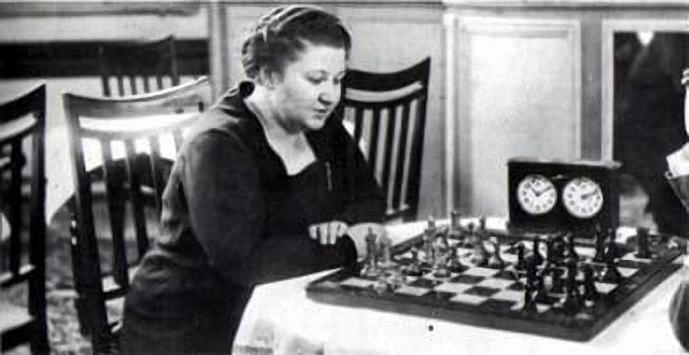 Tactics in the games of Vera Menchik
