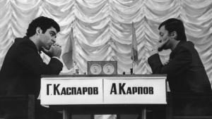 """Gary Kasparov: """"24 Lecciones de ajedrez"""" (Lección 8)"""