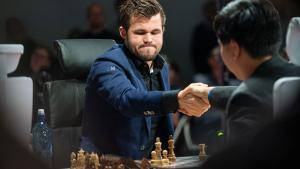 Chess960-Weltmeisterschaft: Carlsen wirft hin, So schon fast am Ziel