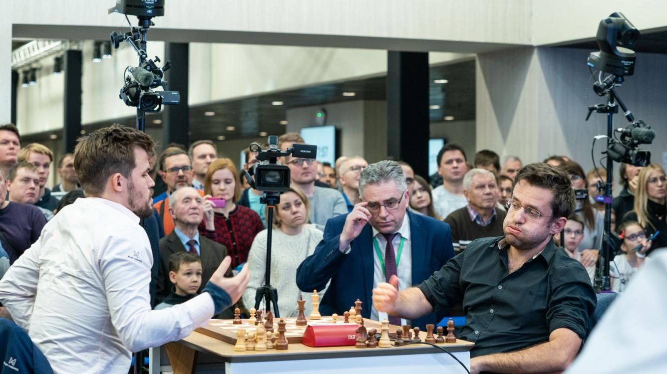 5 Amazing Chess Blunders By Magnus Carlsen And Other Grandmasters In 2019