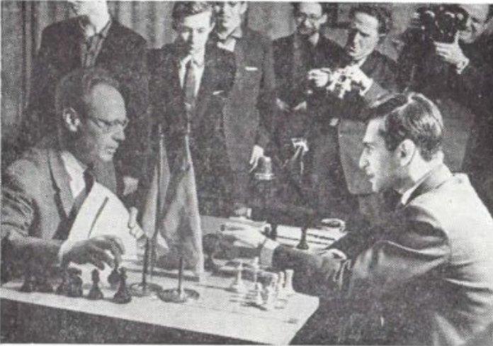 Mikhail Botvinnik's press conference after winning his return match against Tal (1961)