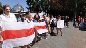 Chess-players support Belarusian protests