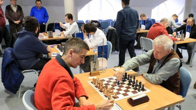 Road to the Grandmaster title - Kumania round 9 - The golden middle