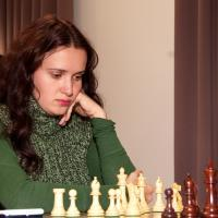 ZATONSKIH STAYS ON TOP AT U.S. WOMEN'S CHESS CHAMPIONSHIP WITH KEY WIN OVER CLOSE RIVAL