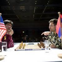 Grandmasters and Spectators