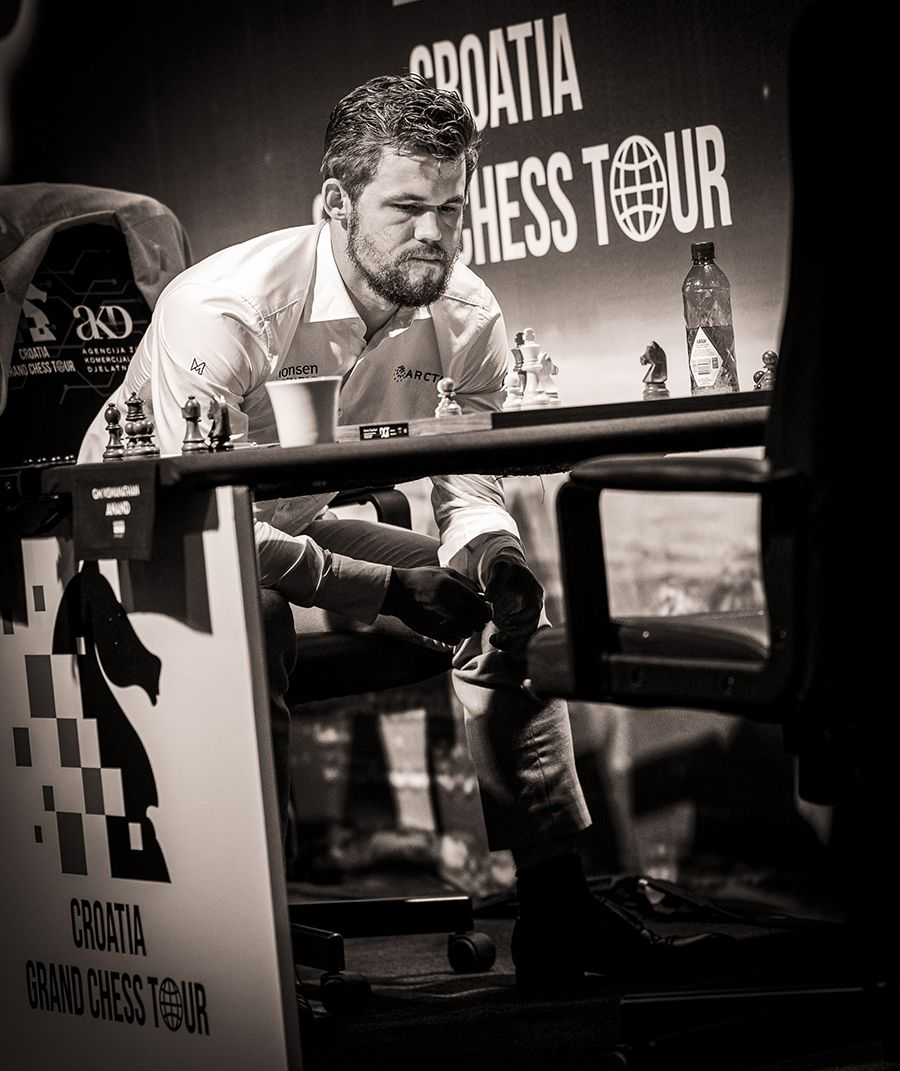 The world champion at work. | Photo: Lennart Ootes/Grand Chess Tour