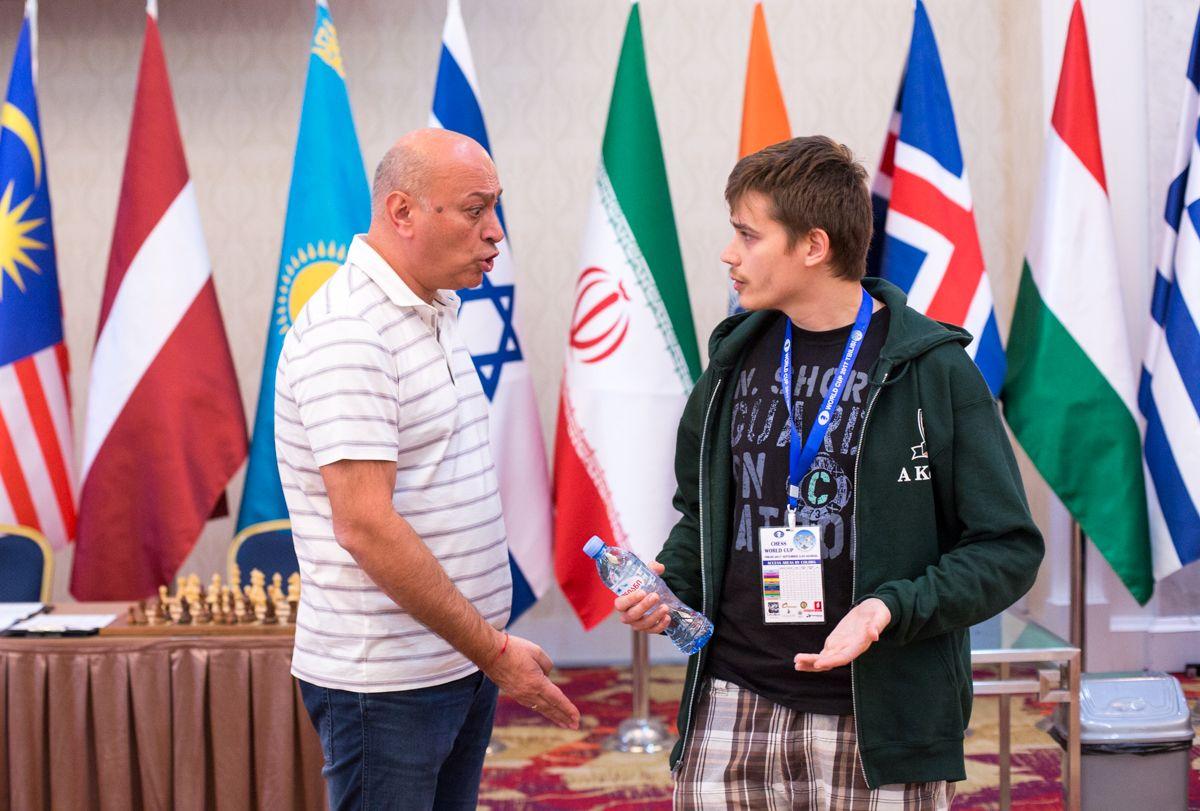 Шахматный ShortsGate: странный баттл Антона-Давида против Зураба-Голиафа