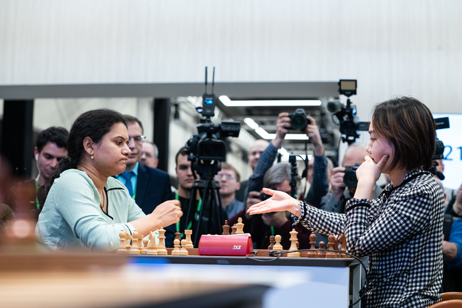 Humpy Koneru Lei Tingjie 2021 World Rapid Chess Championship
