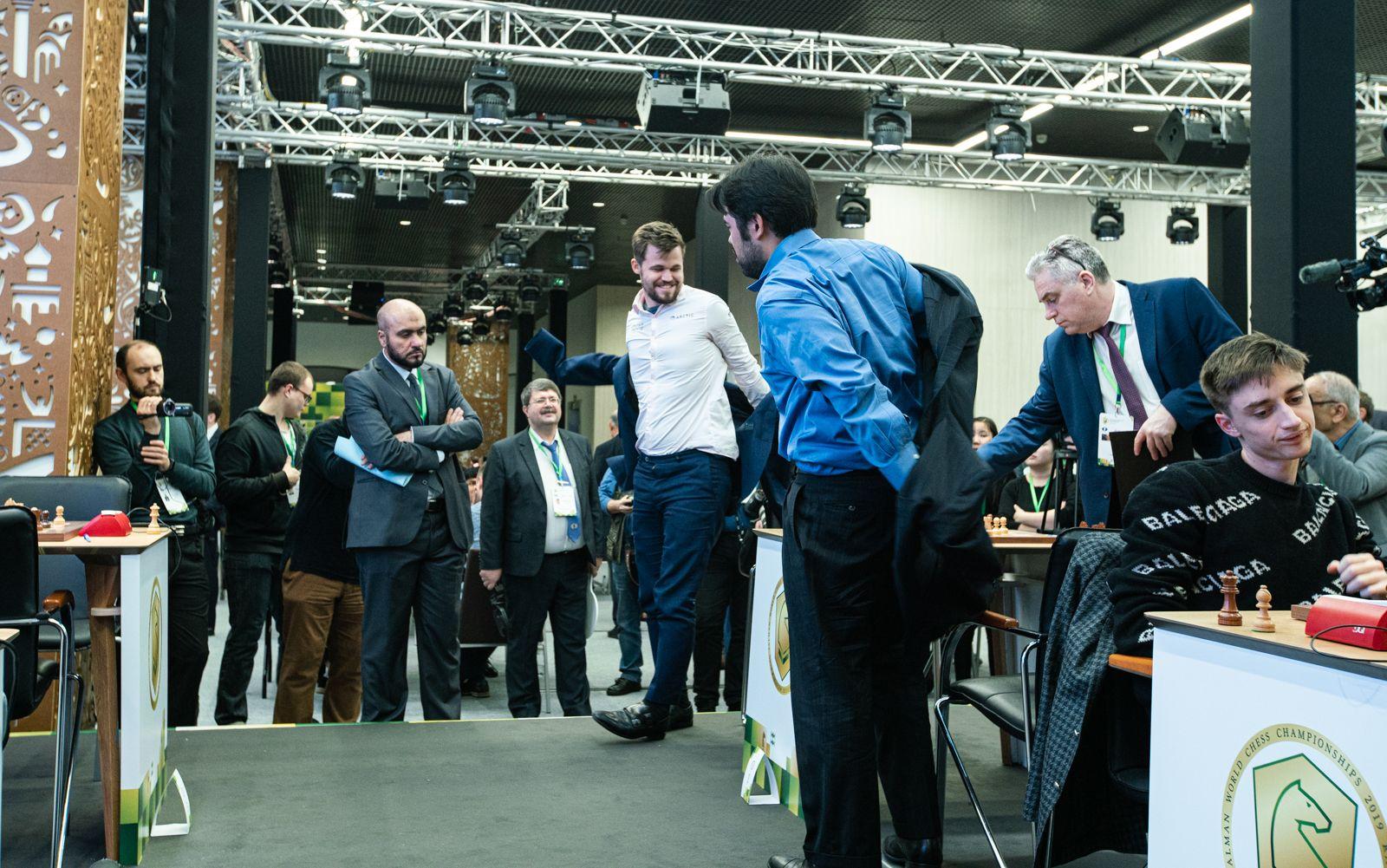 Nakamura Carlsen 2021 World Rapid Chess Championship