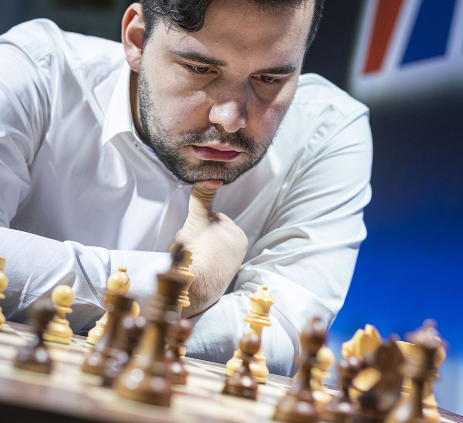 Nepomniachtchi was focussed and now leads with 2/2. | Photo: Lennart Ootes/Grand Chess Tour