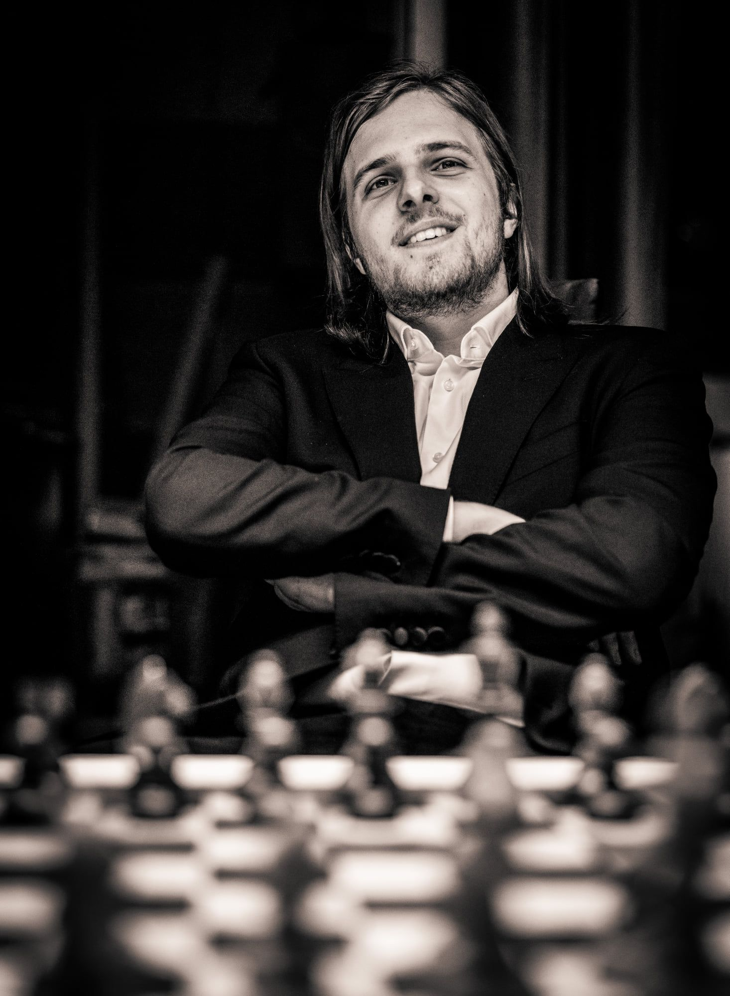 Richard Rapport chess portrait