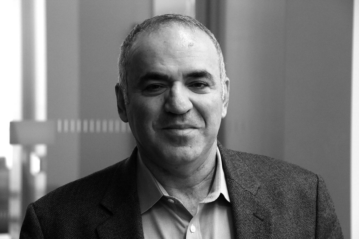 Garry Kasparov, black and white, New York 2017
