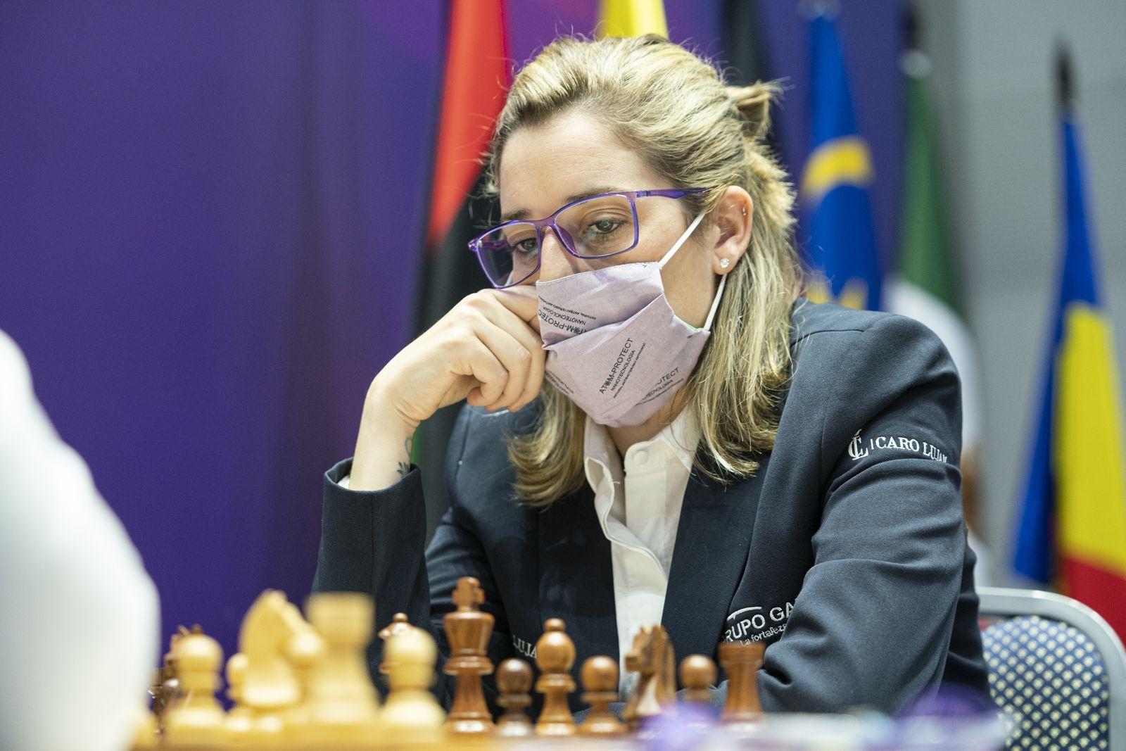 Caroline Lujan Argentina