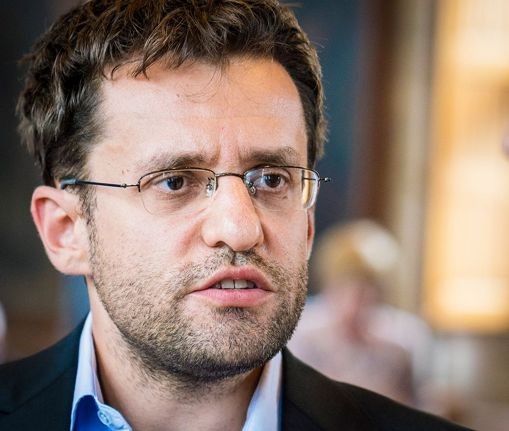 Levon Aronian - Chess games (page 17) - 365Chess.com