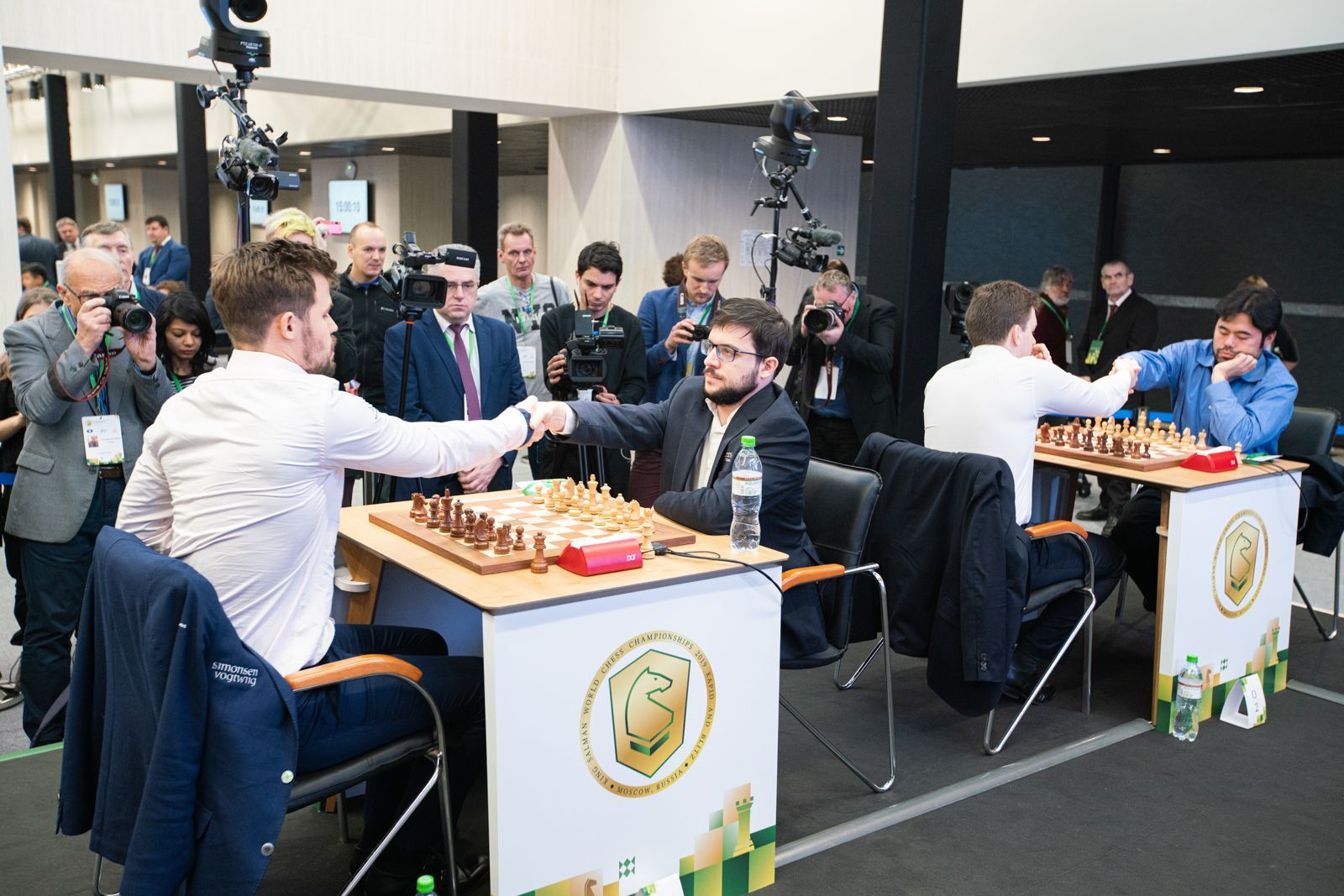 Vacher-Lagrave vs. Carlsen 2021 World Rapid Chess Championship