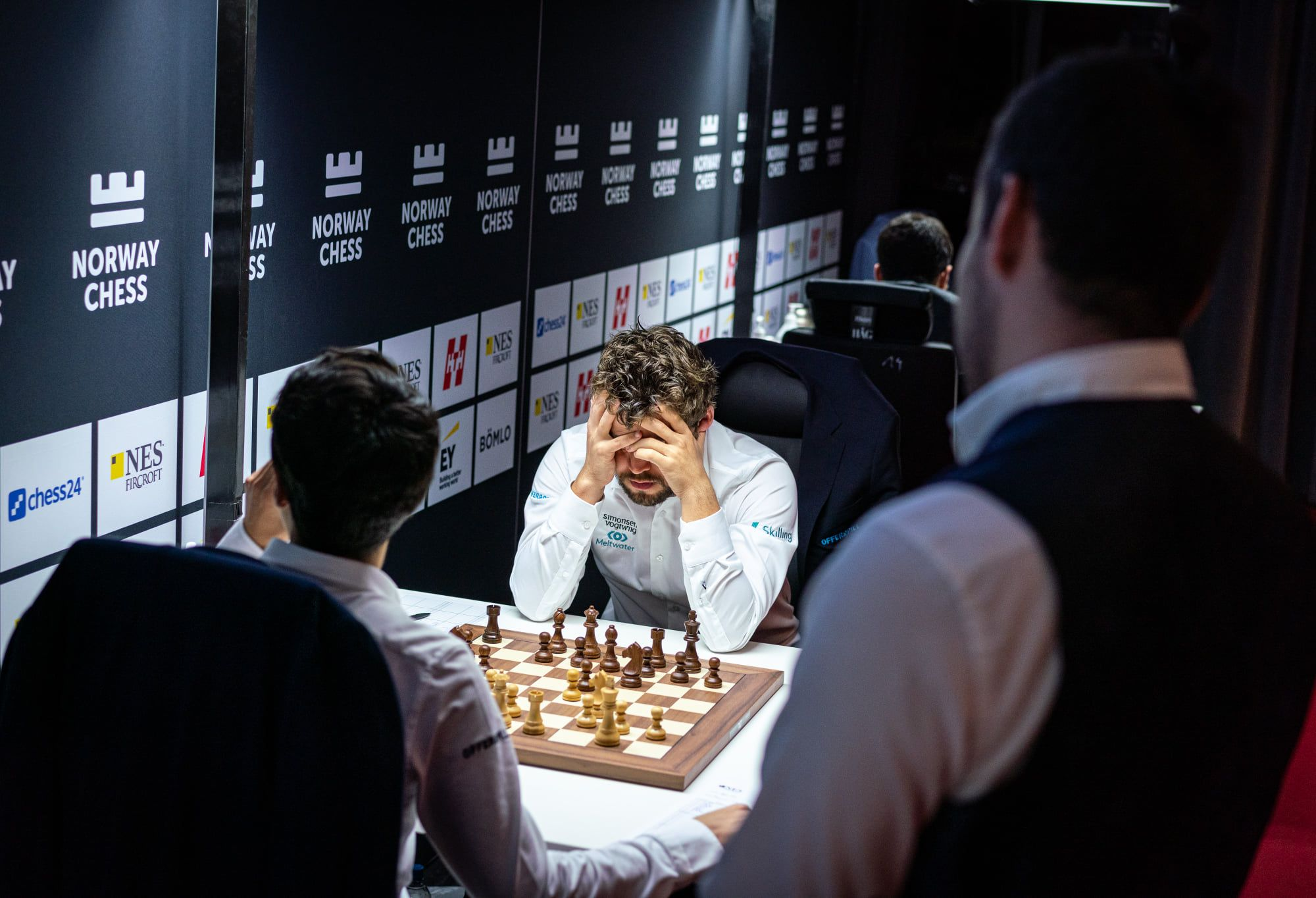 Carlsen Dance Norway Chess 2021