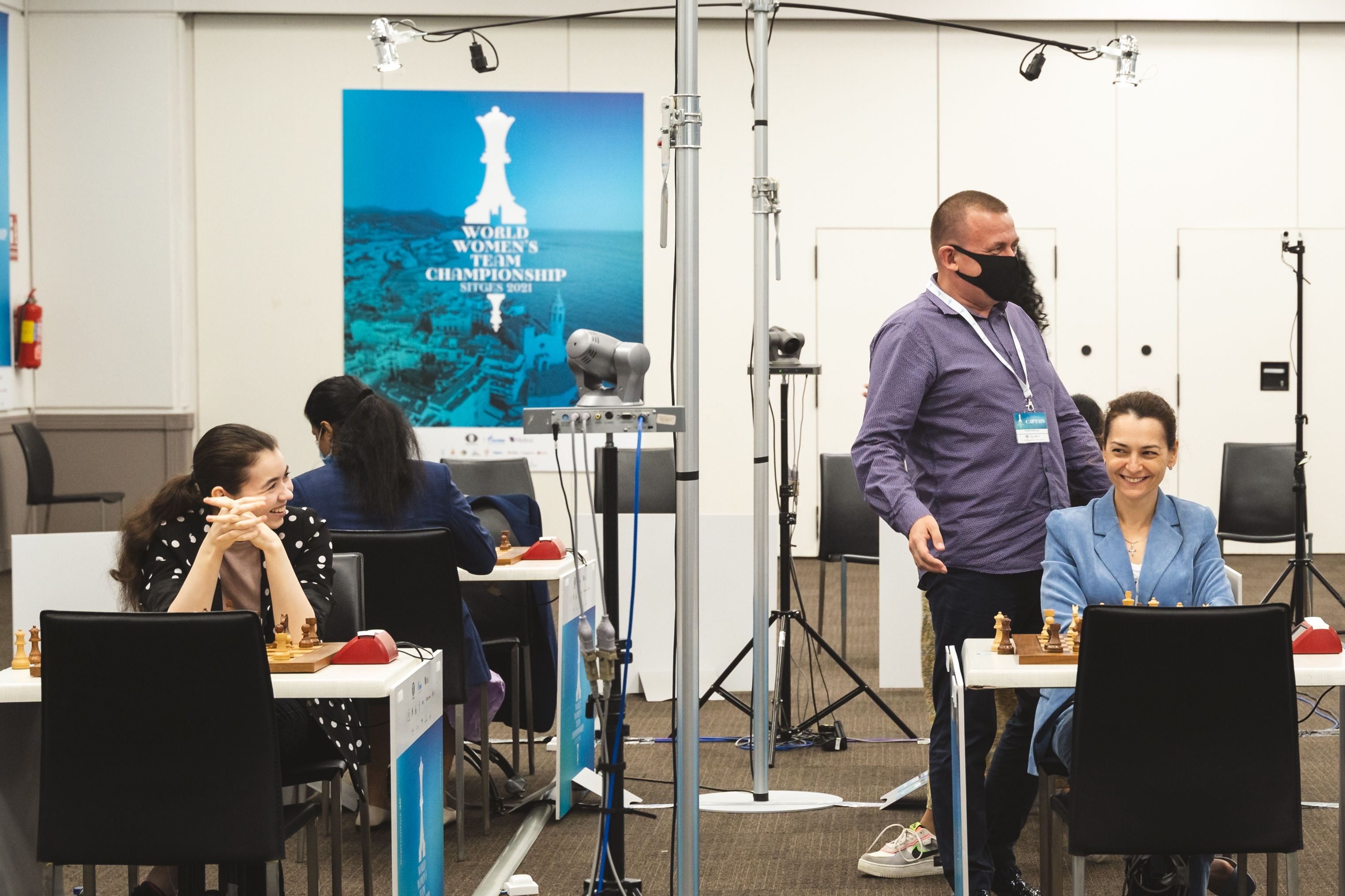 Best Russian advice with Grandmaster trainer Rublevsky at the Women's Education World Championship