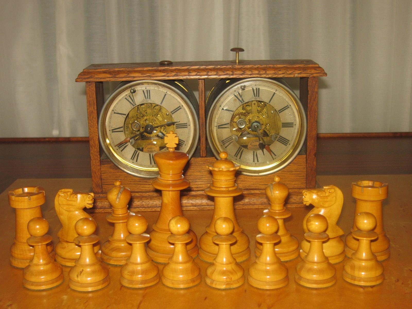 Austrian Staunton Ebony & Boxwood Chess Set circa 1870s 4 5