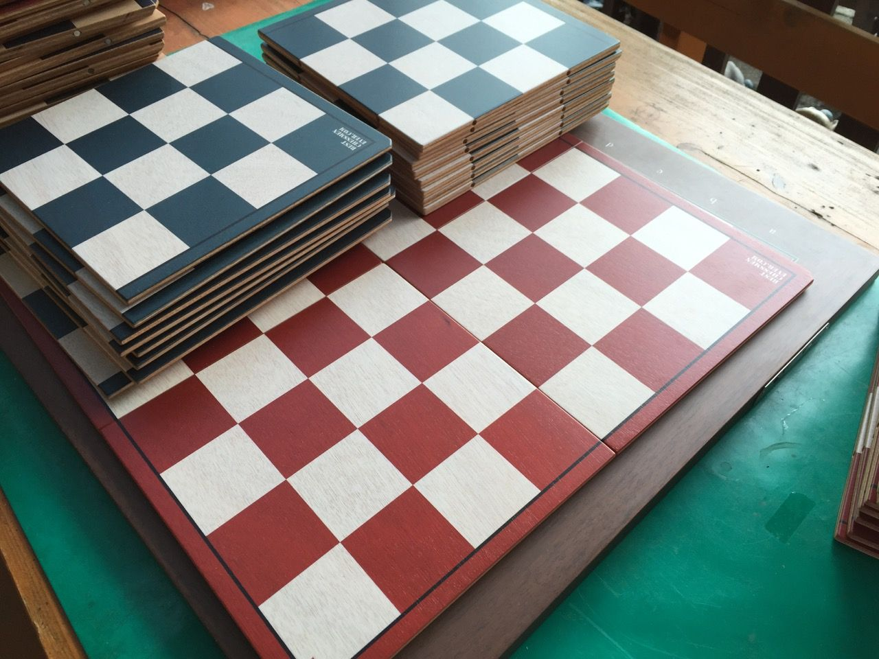 New design of BCE magnetic chessboards - Chess Forums