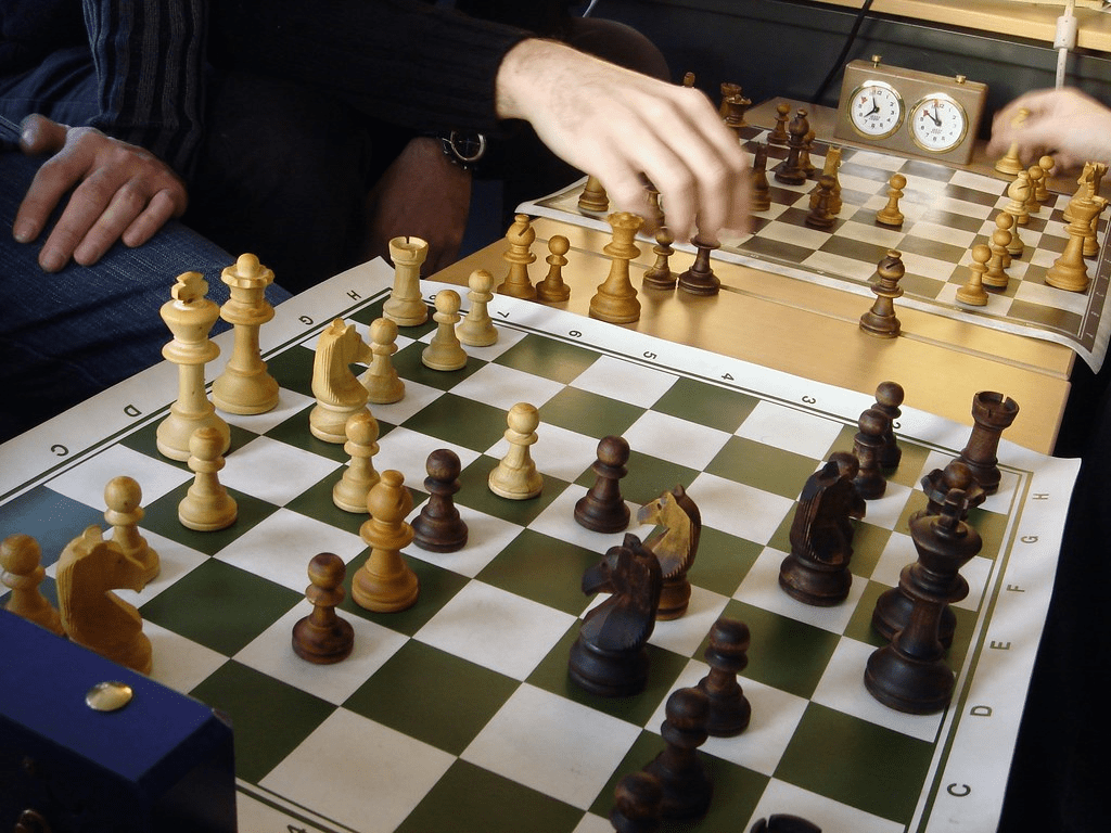 Bughouse Chess Variant - Chess Terms - Chess.com