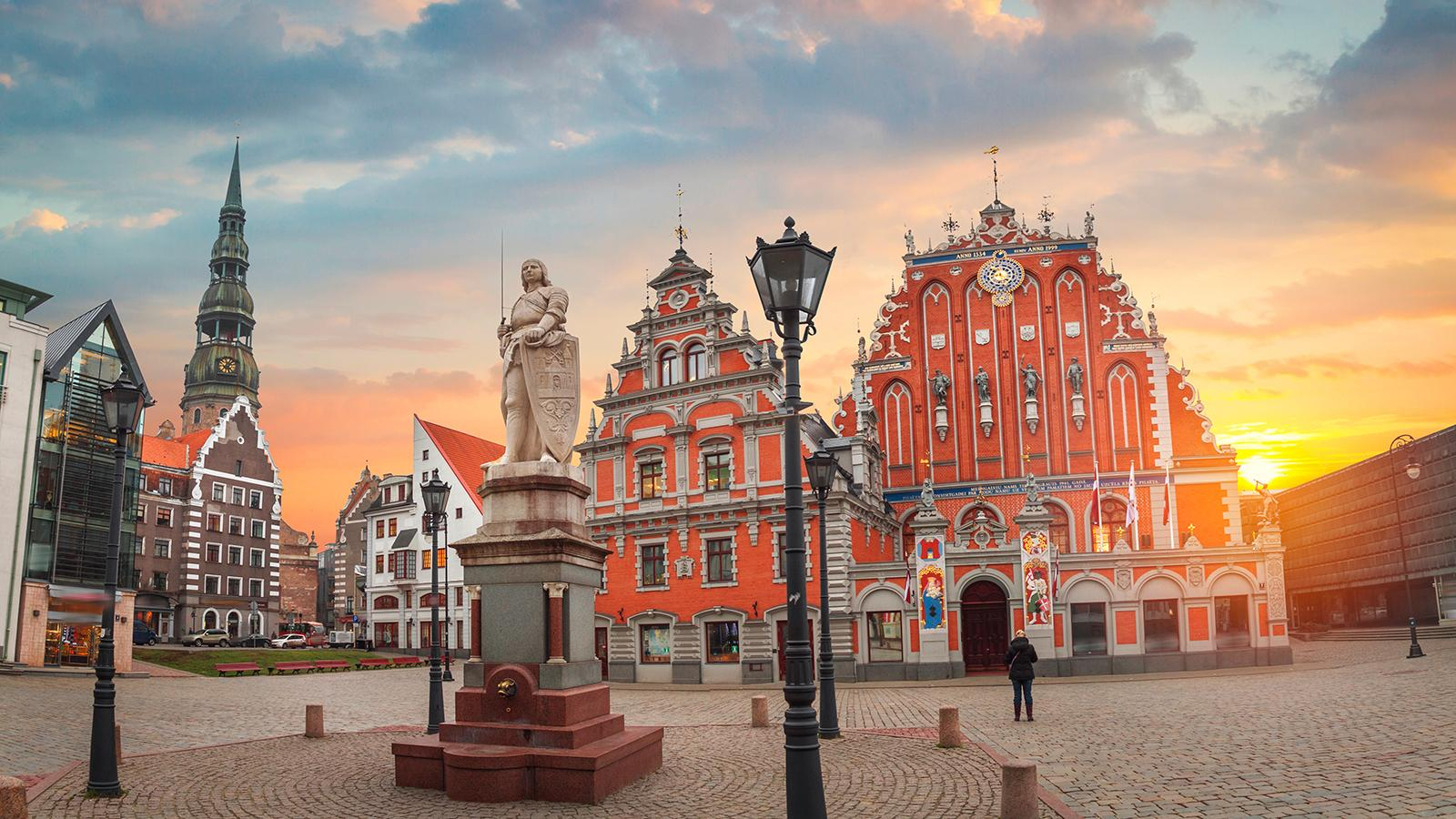 FIDE Chess.com Grand Swiss Proceeds With Exemption As Latvia Locks Down