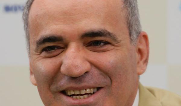 Garry Kasparov Celebrates 50th Birthday!