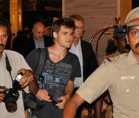 Carlsen Arrives at Hotel, And Other Tidbits Before the Match's Thumbnail