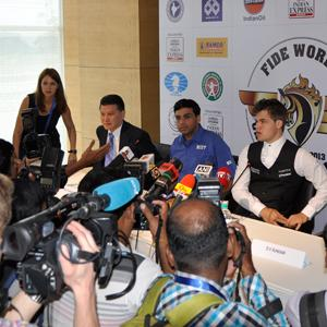 Carlsen to Start With White in Chennai - UPDATE: VIDEO