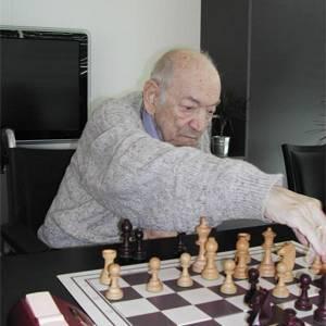 Viktor Korchnoi to Return to the Chess Board