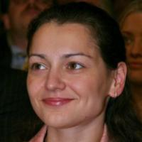 Alexandra Kosteniuk: A Champion For Peace