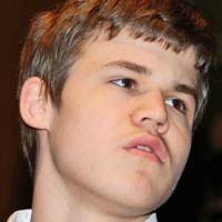Carlsen Takes The Lead At Amber