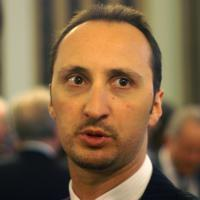 Topalov Crushes Anand In Game 1