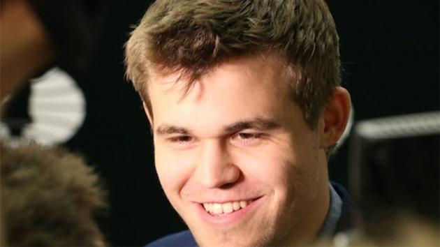 Magnus Carlsen Wins 10 But Loses 1 In Chess.com Simul