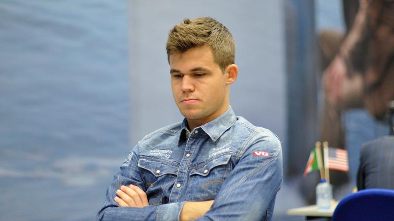 Carlsen Wins 3rd Straight, Ivanchuk Still Leads: Tata Steel R6