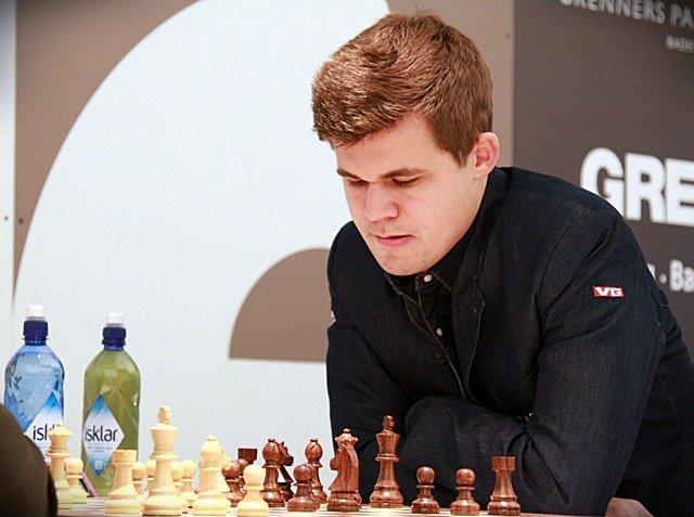 Carlsen Strikes Back; Naiditsch Leads After Grenke Round 4