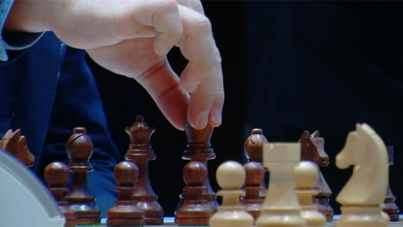 Carlsen & So Winners In Third Round Gashimov Memorial