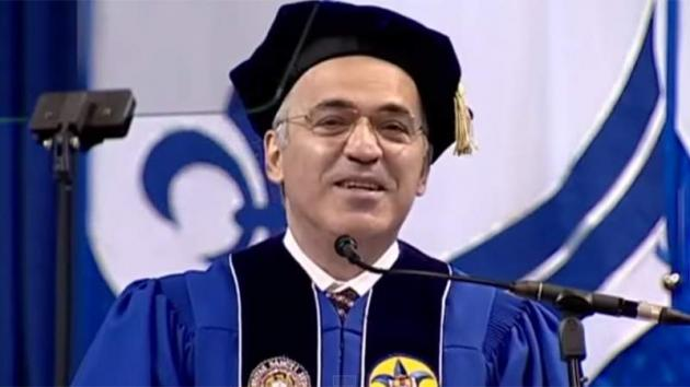 Kasparov Addresses SLU Graduates, Receives Honorary Degree