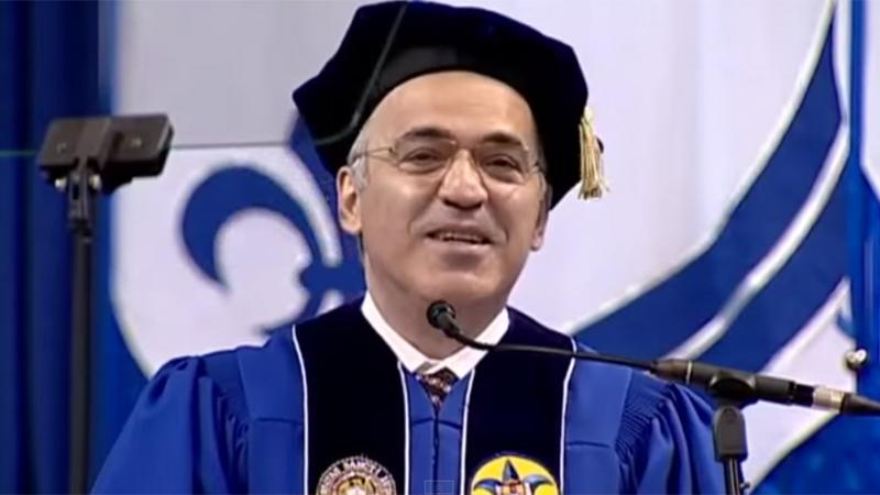 Kasparov Addresses SLU Graduates, Receives Honorary Degree