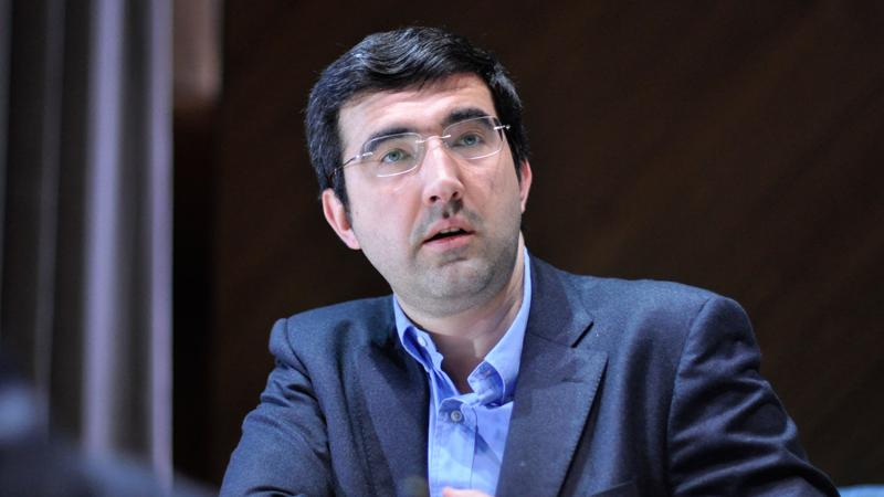 Kramnik Wins Again In Dortmund, Catches Nisipeanu