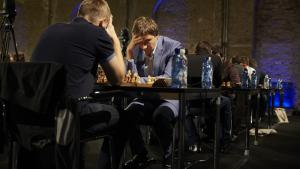 Karjakin Leads After World Rapid Day 1's Thumbnail