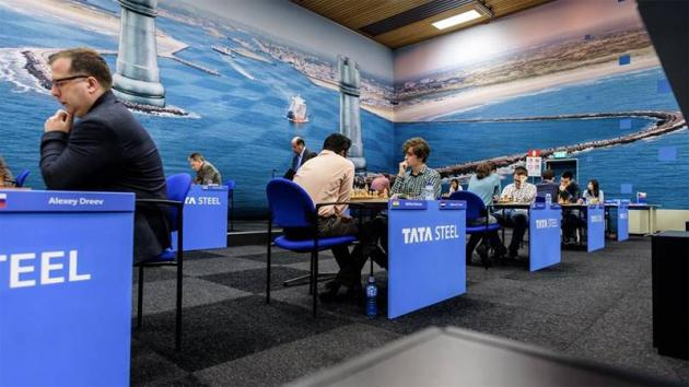 Carlsen Increases Tata Steel Lead; Anand Held To Draw In Gibraltar