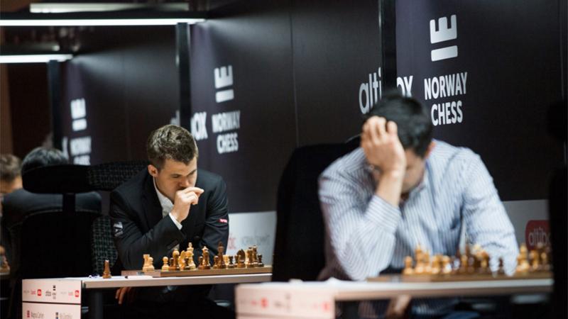 """Carlsen Beats """"Original"""" Grandelius, Takes Sole Lead In Stavanger"""
