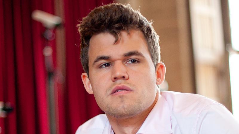 Carlsen Still Leads In Leuven After Blitz Day 1
